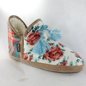 New MUK LUKS Floral Woven Lined Shearling Slippers